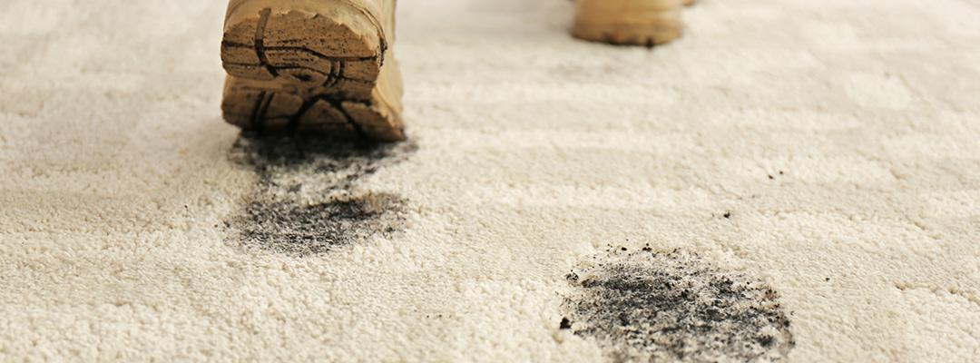 mud-stains-carpet